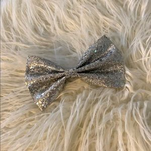 Sparkly silver bow